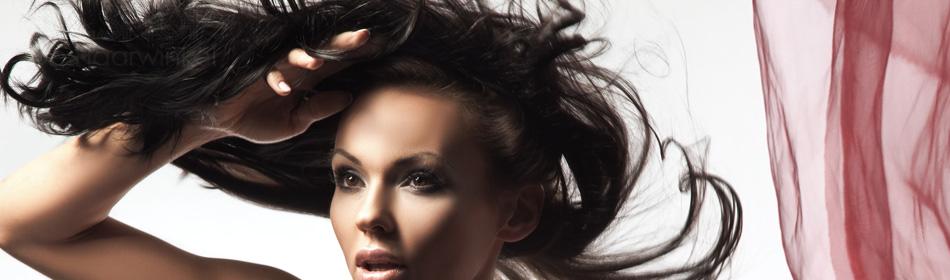 Styling van Brazilian Hair bij LiLShop de Haarwinkel.
